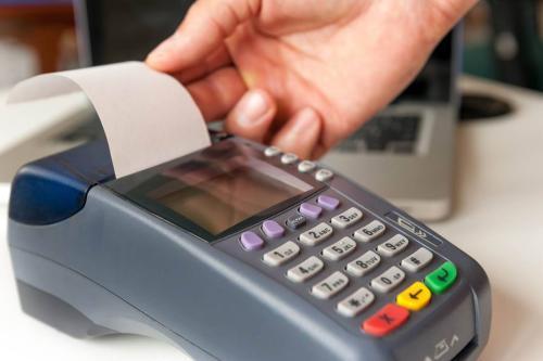 POS机刷卡后多久钱能到账上(POS机刷卡,一般什么时候到账,是个什么规则?)